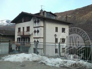 Villa singola nel Comune di Pontey (Lotto I)