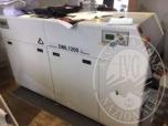 Immagine di L'attrezzatura per lo sviluppo professionale di formati di stampa fotografica Minilab DML 1200; Plotter Epson Ultrachrome k3.
