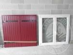 Immagine di Una finestra a 2 ante, con triplo vetro e struttura in legno-alluminio - LOTTO 3