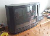 N. 2 TV, N. 2 DIVANI