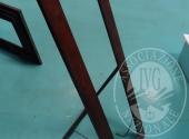 Liq. M.M. n. 7/2017 - Lotto 21MB: Cornice in  legno  da terra portaspercchio (mancante) cm.50 x 150