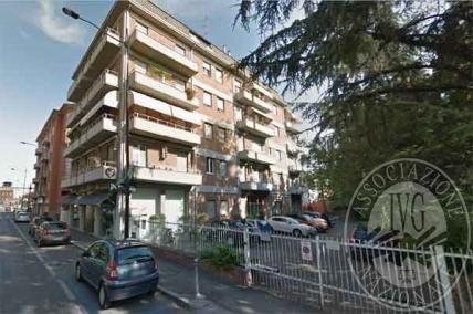 Piena proprieta' ufficio comprensivo dei beni mobili in Parma